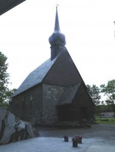 Alstahaug church outside
